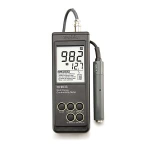 Conductimetro portátil multi-rango impermeable HI-9033 con ATC Hanna Instruments