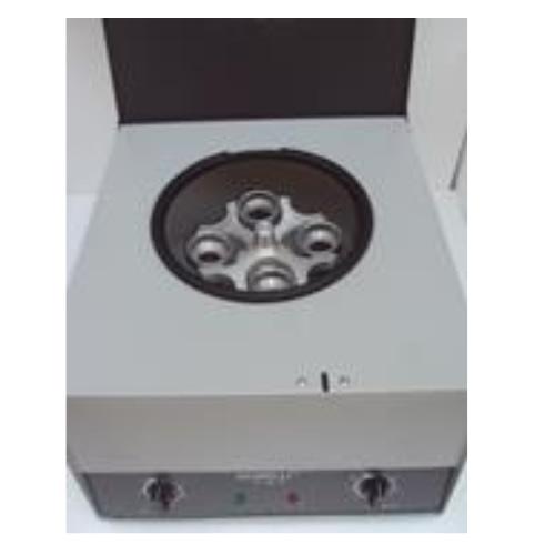 Macrocentrífuga Giumelli Z-29-P.D.F. para petróleo. aceites y derivados Digital con freno